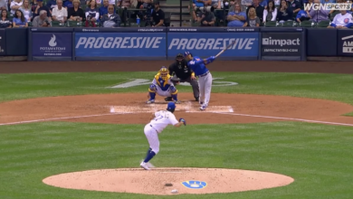 Photo of Addison Russell's 9th Homer Gives Cubs 1-0 Lead Against Brewers