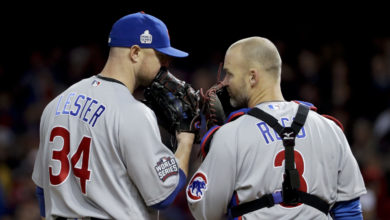 Photo of Jon Lester Not Concerned About David Ross Going from Friend to Boss