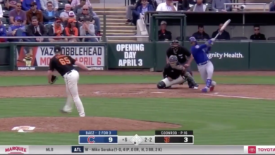 Photo of Watch: Javy Báez Goes Deep for Solo Shot Against Giants