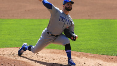 Photo of Tyler Chatwood Leaves Game Early Due to Apparent Injury (Update: Right Elbow Discomfort)